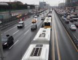 Metrobüs yolu için 'radikal' teklif!