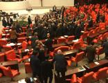 CHP ve AK Parti vekilleri arasında arbede