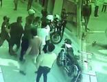 Maske takmayan iki kardeş, polise saldırdı!