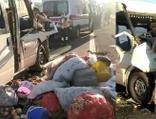 Tarım işçilerini taşıyan minibüs kaza yaptı! 11 yaralı
