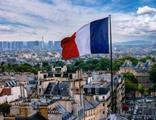 Fransa'da Cumhurbaşkanlığı seçiminin ilk adayı belli oldu
