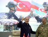 Bakan Akar: Azerbaycan ordusu gücünü tüm dünyaya gösterdi