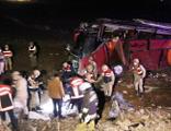 Otobüsü devrildi! 1 ölü, 28 yaralı