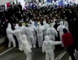 Karantinaya alınan 14 bin kişi kaçmaya çalıştı!