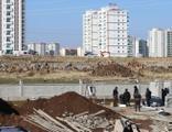 İnşaat işçileri beton blok altında kaldı: 3 yaralı