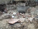 Kaçak kazıda 1800 yıllık erzak küpünü parçaladılar