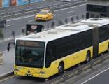 Sağlık çalışanlarının ücretsiz toplu taşıma hakkı uzatıldı