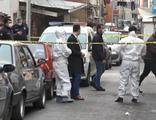 Beyoğlu'nda battaniyeye sarılı kadın cesedi bulundu