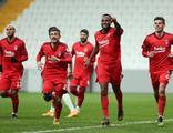 Beşiktaş derbi öncesi kupada turladı