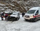 Antalya'da korkunç kaza: 2 ölü, 5 yaralı