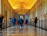 Vatikan Müzesi açıldı