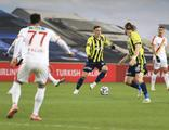 Fenerbahçe iç sahada yine mağlup!