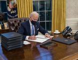 Biden imzaladı! ABD'nin bağımlı hale gelmesi engellenecek