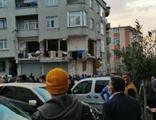 Gaziosmanpaşa'da binada patlama!