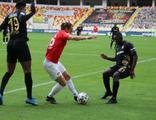 4 gol 1 kırmızı kart