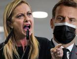 Macron'a tokat gibi sözler: Bize ders vermeye kalkma!
