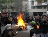 Paris'te olaylı 1 Mayıs