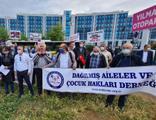 Anadolu Adliyesi önünde süresiz nafaka eylemi