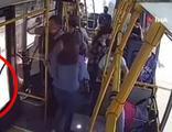 Bebeğin bacağı otobüs kapısına sıkıştı!