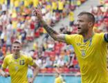 Ukrayna üç puanla tanıştı