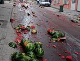 Sokak kırmızıya boyandı, facianın eşiğinden dönüldü!