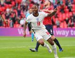 İngiltere, Çekya'yı tek golle geçti