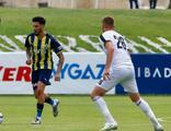 Fenerbahçe ilk hazırlık maçını kazandı