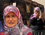 Yangın felaketini yaşayan gözü yaşlı kadınlar...
