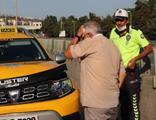 Ticari taksi ile otomobil çarpıştı! Yaralılar var