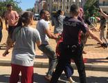 İki ailenin kavgası polisi çileden çıkardı!