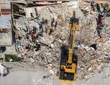 Ölenlerin sayısı 2 bini aştı: Haiti'de bir deprem daha!