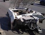 Feci kaza! Otomobil parçalara ayrıldı!