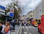 Sürücü aracıyla iki restorana daldı! En az 6 yaralı