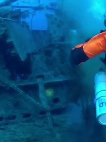 Deniz altındaki ölüm tuzağı! Yarım ton 'hayalet ağ' çıkarıldı