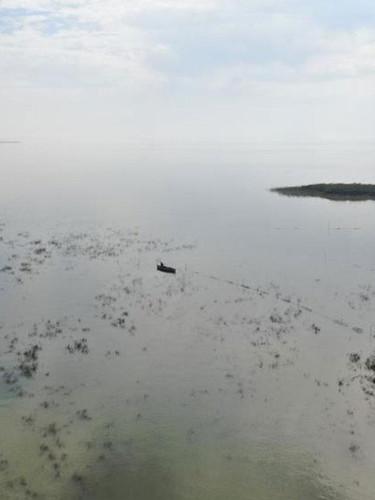 Bursa'daki Uluabat Gölü can çekişiyor: Fabrikalar su çekiyor, burada her damlanın önemi var