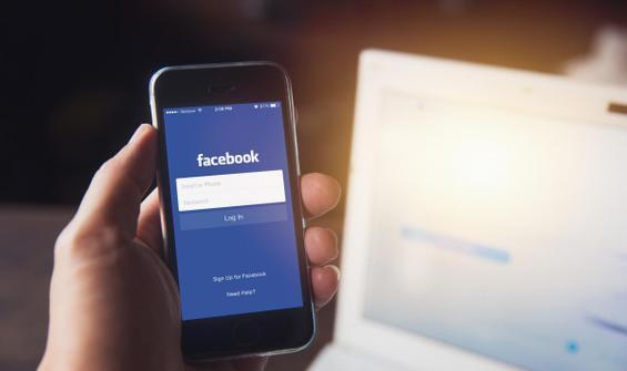 Steve Wozniak'tan Facebook'u 'silin' çağrısı