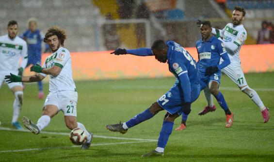 Gol düellosunda kazanan Erzurumspor