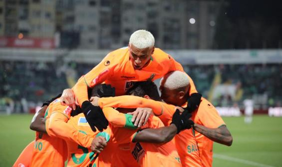 Alanyaspor'dan, Denizli deplasmanında 5 gollü şov!