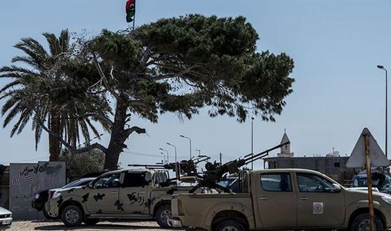 Hafter milislerinin saldırı için Trablus'ta toplandığı iddia edildi