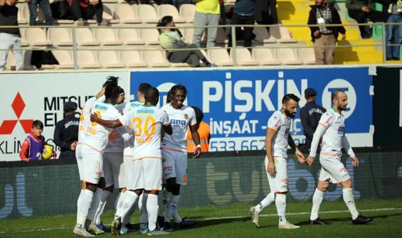 Alanyaspor, Kayserispor'u farklı geçti