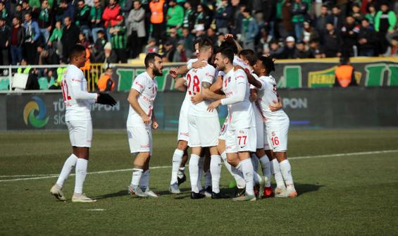Antalyaspor 11 hafta sonra galip!