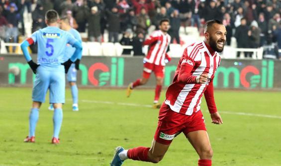 Lider Sivasspor 90+3'te golü buldu!