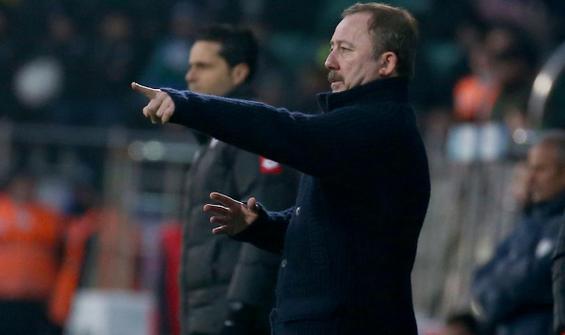 Sergen Yalçın, Rizespor galibiyetini değerlendirdi