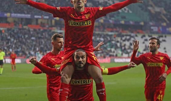 Göztepe, Konyaspor'u deplasmanda 3 golle geçti