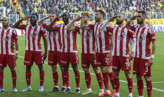 Sivasspor, Ankaragücü'nü 3 golle geçti