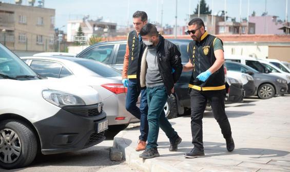 Adana'da iki kişi fuhuş için anlaştıkları kadınlar kaçınca otel görevlisini darp etti