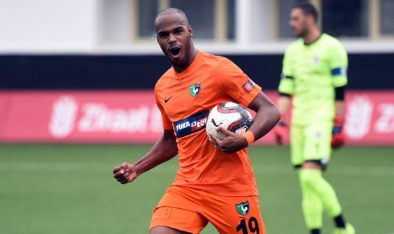 Denizlispor'da Oscar Estupinan kararı