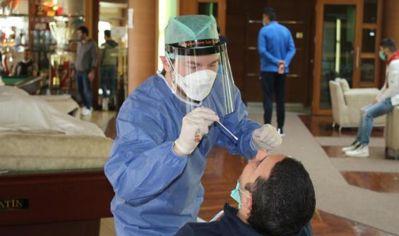 Çaykur Rizespor'da teknik heyet ve sporcular koronavirüs testinden geçti