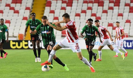Sivasspor 3 puanı tek golle aldı!
