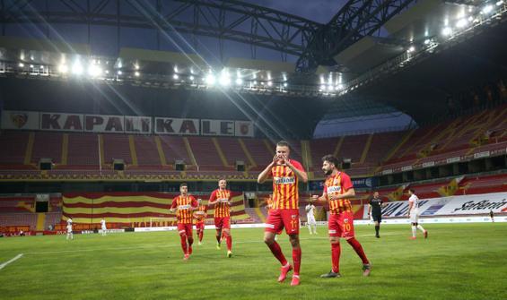 Kayserispor, Gençlerbirliği'ni iki golle geçti